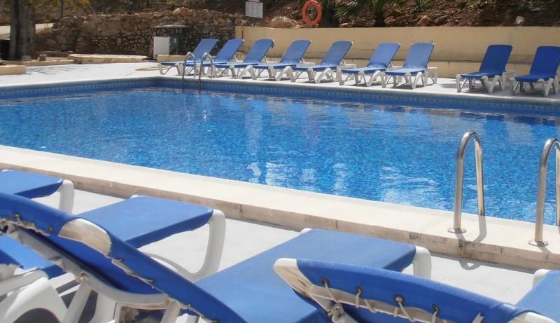 Pet Holidays Spain pool