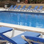 Pet Holidays Spain pool