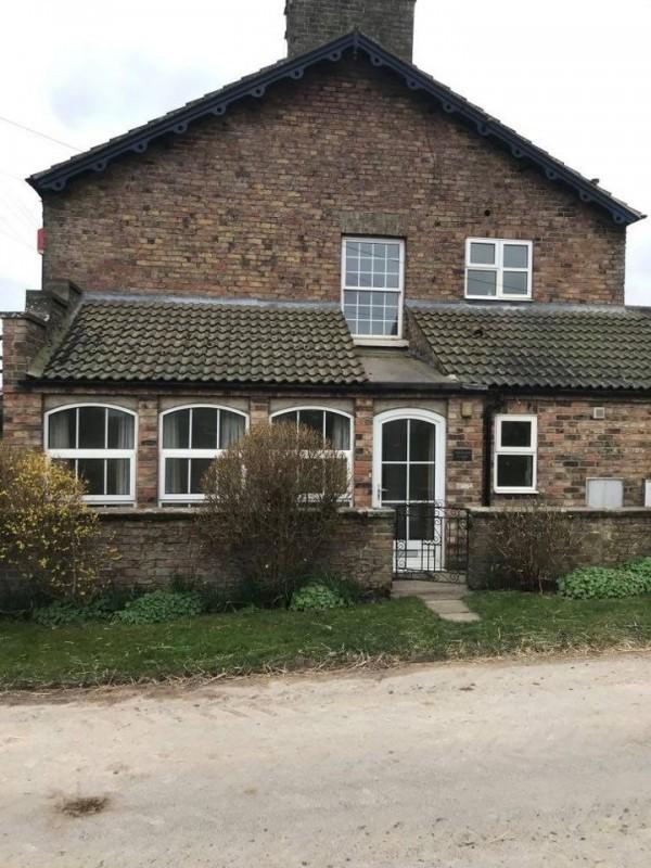 West End Farm Cottages   Driffield